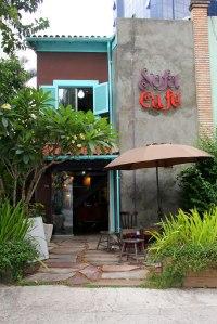 Entrada da charmosa Sofá Café